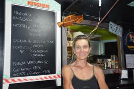 Schauspielerin Stephanie Kindermann ist schon seit Jahrzehnten Veganerin und macht sich auf Mallorca für den Tierschutz stark.