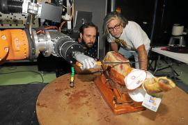 Mallorca-Spaßvögel erfinden Schinkenschneide-Roboter