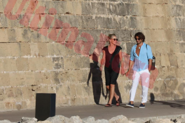 Sharon Stone schlendert durch Palma
