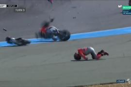 Jorge Lorenzo wirbelt bei Unfall durch die Luft