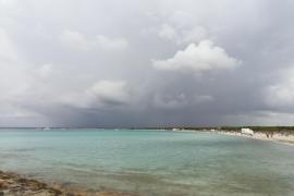 Regenwolken auf Durchzug über Mallorca