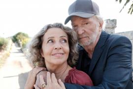 Michaela May und Michael Gwisdek spielen für den ZDF-Film, der gerade auf Mallorca gedreht wird, das Ehepaar Renate und Kurt Leh