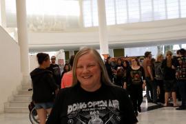 """Sabine Borndorff-Eccarius ist kein Fan vom Zelten, deshalb wollte sie auf den """"Full Metal Holidays"""" das Wacken"""
