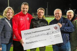Düsseldorfer Kicker spenden für Mallorcas Flutopfer