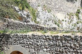 Castell d'Alaró: Fels mit blutiger Vergangenheit
