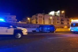 Bei dem Unfall am Donnerstag hatte sich der Wagen des Paares überschlagen.