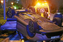 Spektakulärer Unfall mit Fahrerflucht in Palmanova