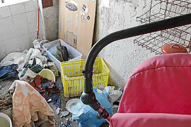"""Eine Wohnung im betroffenen """"Block VIII"""". Trotz der Zustände bleiben viele Bewohner wegen der günstigen Miete und fehlender Alte"""