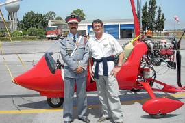 Ältester Pilot Spaniens fliegt mit Tragschrauber