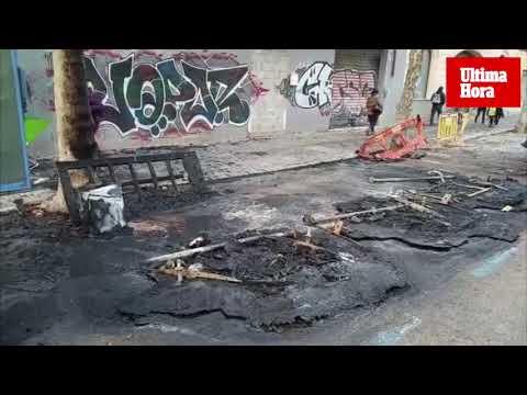 Zündler verbrennt wieder Müllcontainer und Autos
