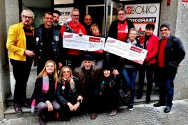 Kölner Kicker verabschieden sich mit Spenden
