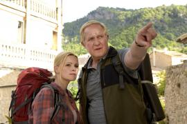 Was erwartet uns bei der Wanderung? Sportmuffel Klaus (Harald Krassnitzer) und seine Tochter Stefanie (Jennifer Ulrich) haben we