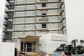 Das Hotel Golden Playa unweit des Palma-Aquariums soll vor der Saison fertig werden.