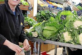Die Marktfrau und ihre frischen Vitamin-Bomben