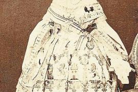 Kleider von Mallorca für Ihre Majestät