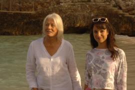 """Aus dem Film """"Die Muschelsucher"""": Gemeinsam reisen Penelope (Vanessa Redgrave, l.) und Antonia (Stephanie Stumph) ans Meer, an d"""