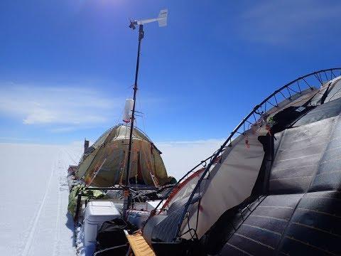 Mallorquiner durchquert Antarktis mit Windschlitten