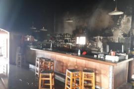 Brand beschädigt Restaurant im Inselosten
