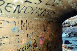 Unmut wegen Schmierereien in Port d'Andratx und Peguera