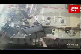Bewaffneter Drogensüchtiger überfällt zwei Tankstellen