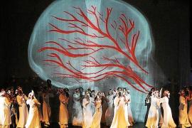 """Magische Bilder und Spezialeffekte lassen das Publikum in das """"Fura""""-Universum eintauchen."""