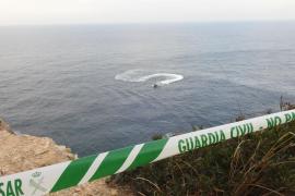 Junger Mann stürzt mit Auto ins Meer