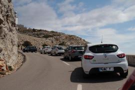 Jetzt schon Verkehrschaos am Kap Formentor