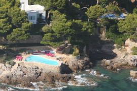 Umweltschützer fordern Abriss von Küsten-Pools