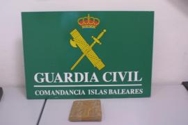 Drogenhund spürt kiloweise Koks in Palmas Hafen auf