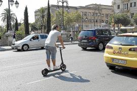 Elektroroller müssen auf dem Radweg fahren