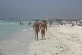 Linke auf Mallorca fordern allgemeines Nacktbaden