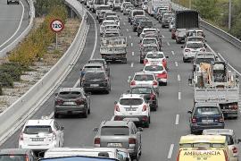 Jedes Jahr 30.000 Fahrzeuge mehr auf den Balearen