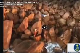 Zwei Surfer vor Steilküste von Valldemossa gerettet