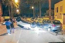 Auto überschlägt sich an der Playa de Palma