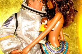 Vergnügliche Barbie-Schau bei Gerhardt Braun