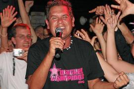 Peter Wackel trommelt für neue Alkoholregeln an Playa