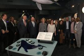 Alt-Königin Sofía beehrt Wal- Schau im Palma-Aquarium