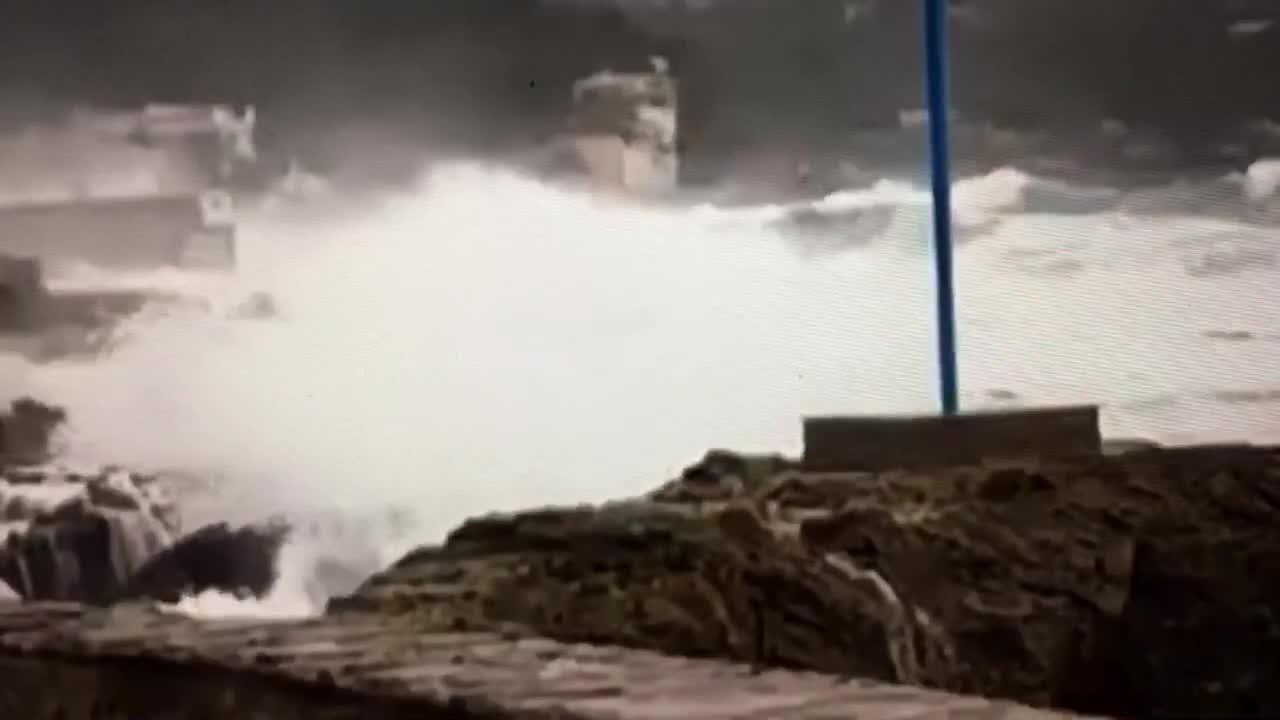 Noch ein Video vom hohen Seegang in Cala Rajada