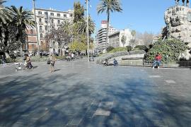Frau soll nach Sturz auf Plaça d'Espanya viel Geld erhalten