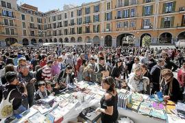 Auf Mallorca gibt es Gratis-Bücher zu Sant Jordi