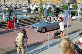 """Beim """"Concours d'Elegance"""" werden jedes Jahr die schönsten Fahrzeuge präsentiert."""