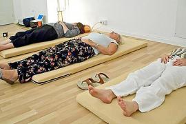 """Mit Entspannungsübungen werden bei """"3Phase"""" Lernblockaden gelöst."""