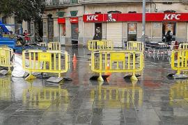 Palma kommen Stürze auf Plaza-Kacheln teuer zu stehen