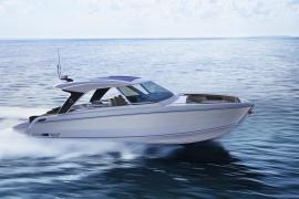 Fünf-Sterne-Hotel jetzt mit Luxus-Yacht