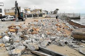 Bauarbeiten im Hafen von El Molinar auch im Sommer