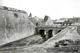 Stadtmauer statt Paseo Mallorca früher.