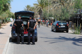 Neun Personen an der Playa de Palma abgeführt