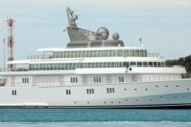 Geffens Luxusyacht Rising Sun im Hafen von Palma