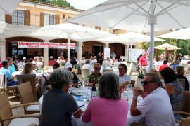 Auf der Terrasse des Clubhauses von Golf Alcanada wird der Tag ausklingen.