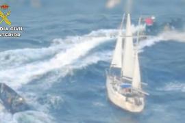 Koks auf aufgebrachter Yacht befand sich in Hohlraum
